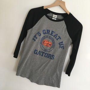 PINK by VS   Gray Black UF Gators T Shirt Top   XS